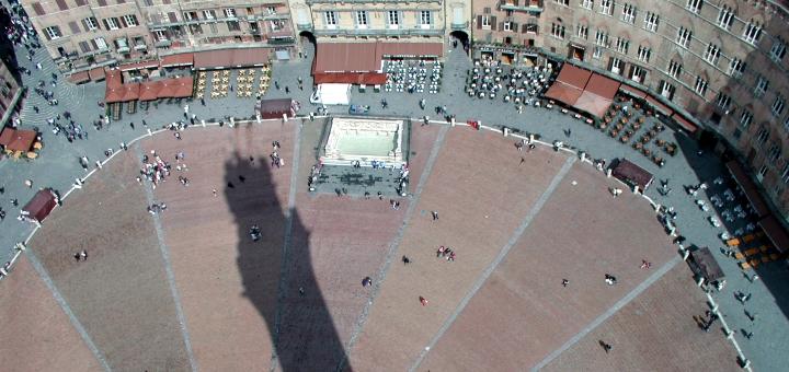 Piazza del Campo from the Torre del Mangia, Siena. Photograph by Mirko Battisti