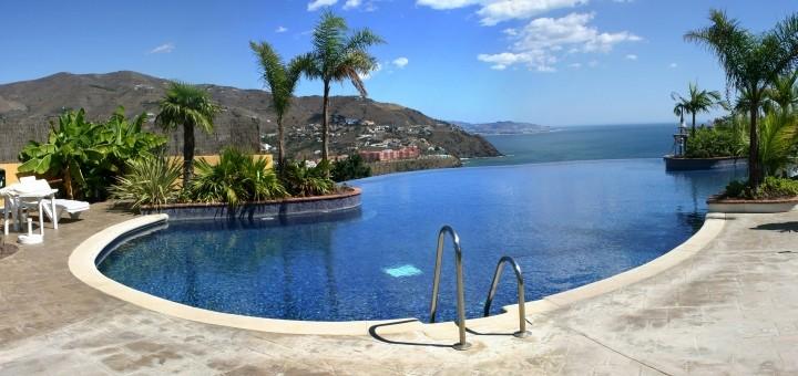 Infinity pool at a holiday villa. Photograph by halfcut at SXC