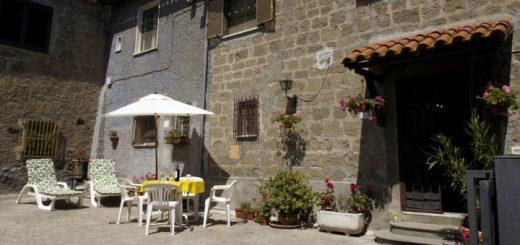 The front of Casa Fiori