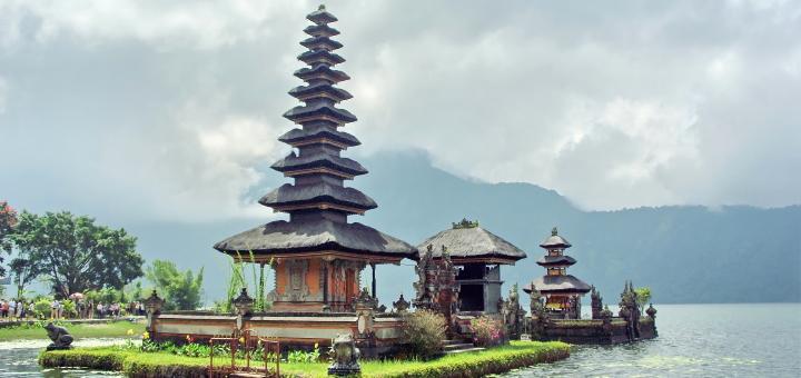 Bali's Ulun Danu Bratan temple